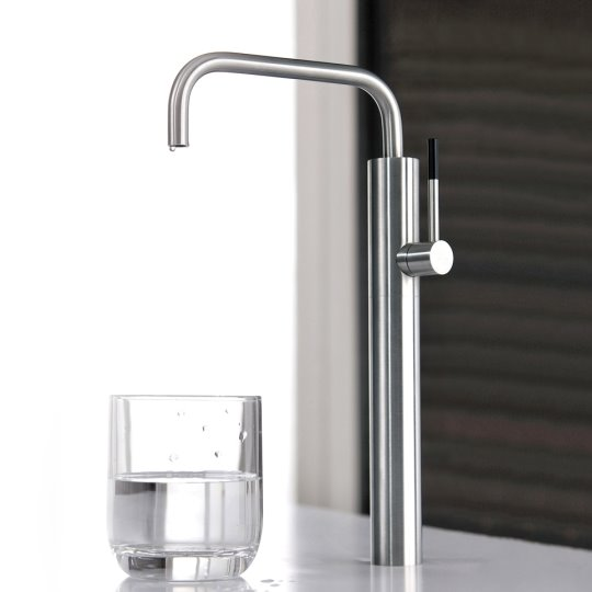 Still One Water Drinking Faucet